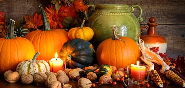 fall_variety_of_gourds__pumpkins_bbre_755.jpg